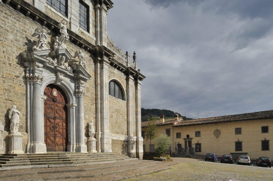 sagrato_con_museo_DSC9103
